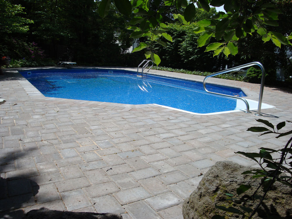 Long island poolscapes long island pool patios pool for Pool design long island
